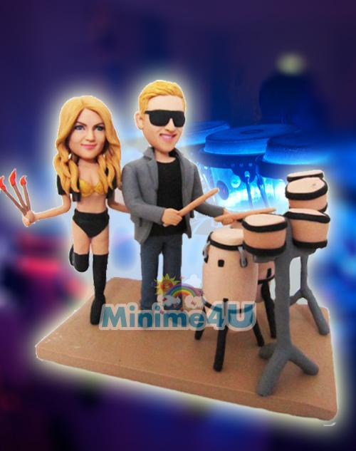 Entertainer drummer figure